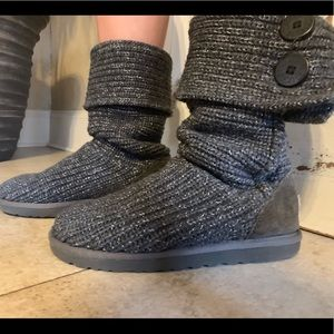 Knitted Uggs!